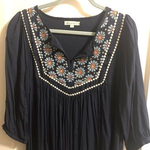 Embroidered three quarter length sleeved top